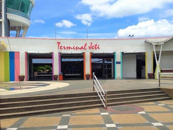 红土坎码头 - Transnasional 从吉隆坡通往红土坎的巴士服务