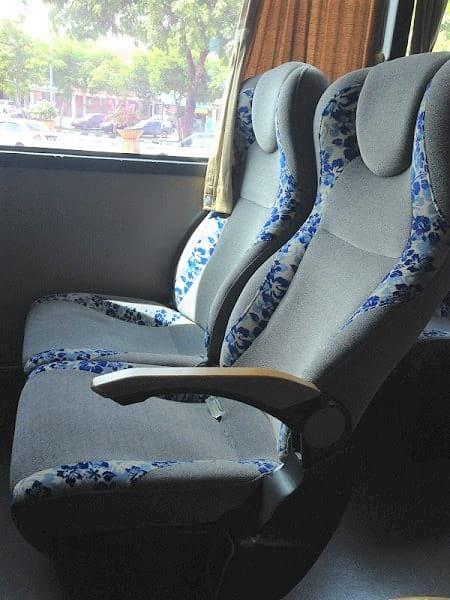 Transnasional 巴士座位