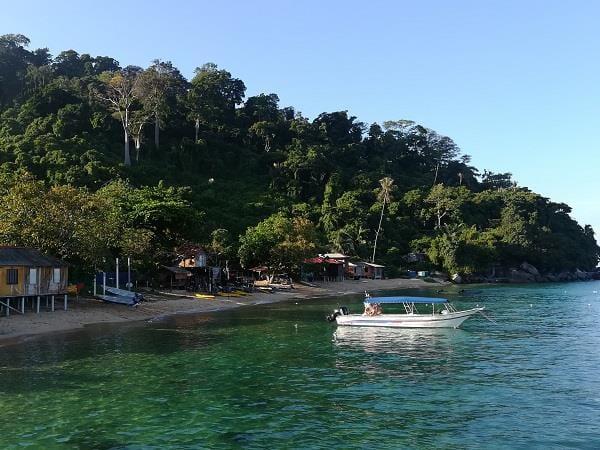 从Kampung Paya 码头上看到的刁曼岛景色