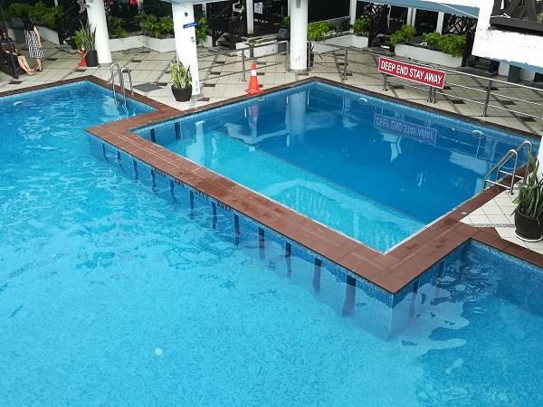 芭雅海滩度假村的泳池