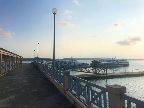 从丹戎彭利哥到新加坡的渡船码头